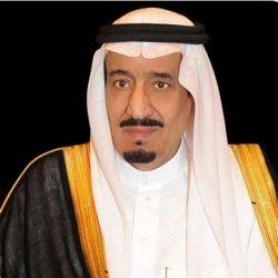سمو الأمير محمد بن عبدالرحمن يزور الجندي سحمي السبيعي بمستشفى وادي الدواسر